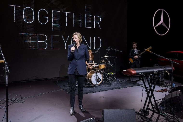 Actress Jane Lynch speaking at the Mercedes Benz party at the New York International Auto Show on April 13, 2017