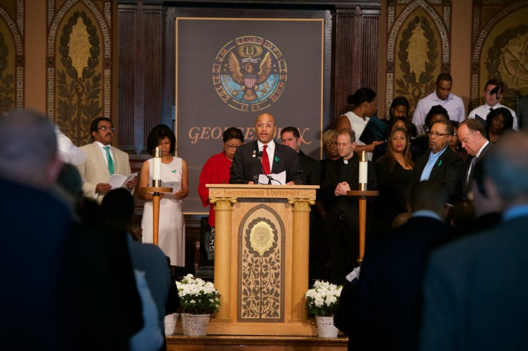 Mr. Jeremy Alexander, a descendant of the Mahoney family line and Georgetown staff member in the Office of Technology Commercialization, offers an intercession for hope at a Liturgy of Remembrance, Contrition, and Hope at Georgetown University.