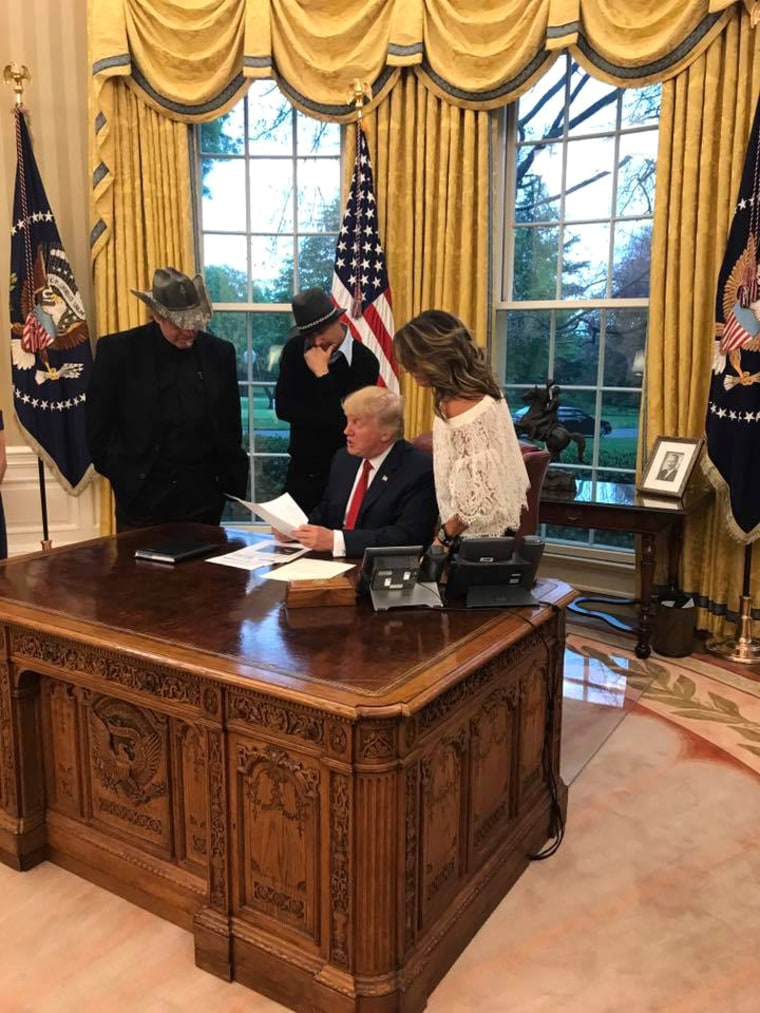 Image: Sarah Palin, Ted Nugent, Kid Rock and Trump at the White House in Washington on April 19, 2017.