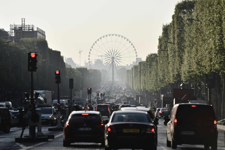 Image: Champs Elysees