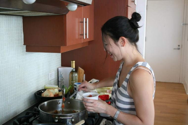Maggie Shi cooking