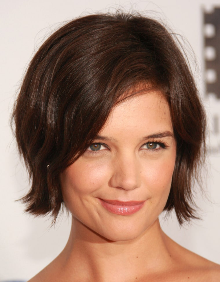 Katie holmes has a new short haircut see the gorgeous look holmes sported a cute flipped out bob at a movie premiere in 2007 in new york city evan agostini getty images winobraniefo Image collections