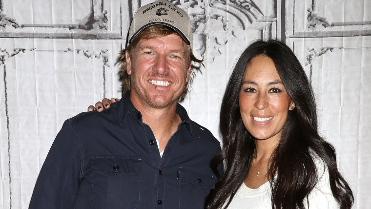 "Image: The Build Series Presents Chip & Joanna Gaines Discussing Their New Book ""The Magnolia Story"""