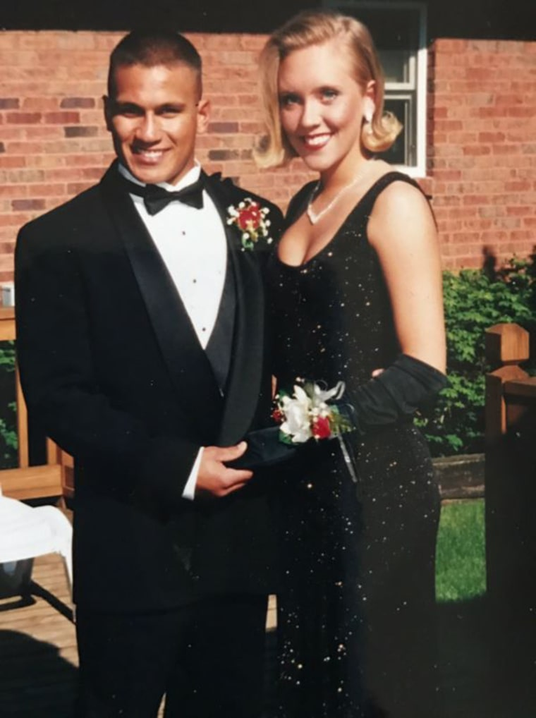 teen who wore her mom's prom dress 22 years later. Lori Johnson, prom