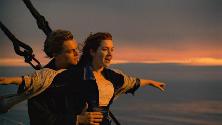 TITANIC, from left: Leonardo DiCaprio, Kate Winslet, 1997. TM & Copyright (C)20th Century Fox Film Cor
