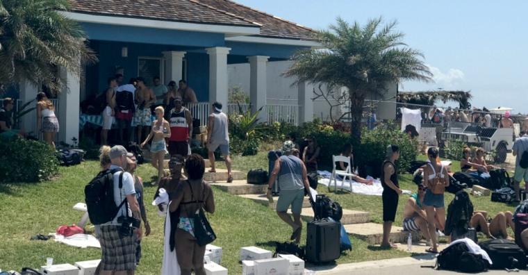 Image: Fyre Festival Revelers Stranded in Bahamas