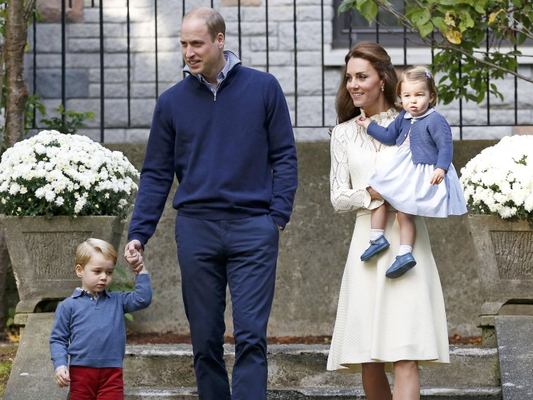Image: Britain's Prince William, Catherine, Duchess of Cambridge, Prince George and Princess Charlotte arrive at a children's party at Government House in Victoria