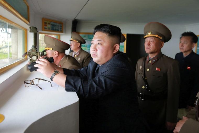 Image: Kim Jong Un inspects his forces.