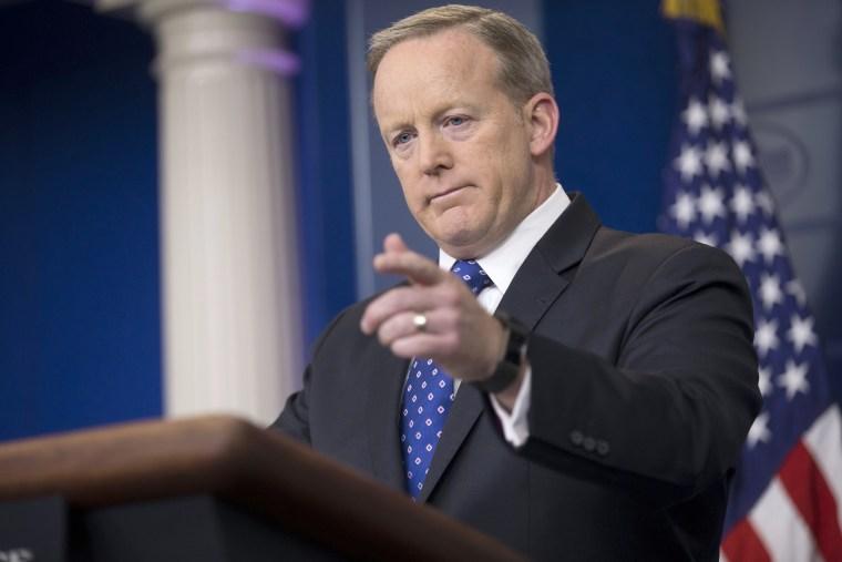 Image: Sean Spicer Press Briefing