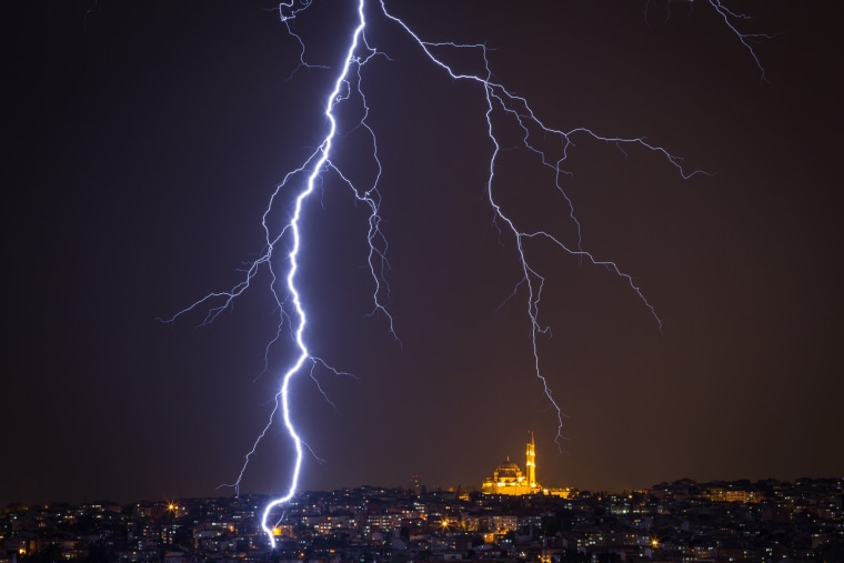 Image: Dramatic Weather Over Istanbul