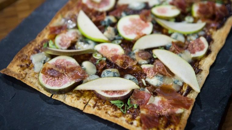 Gangelhoff's Fig and Pear Flatbread