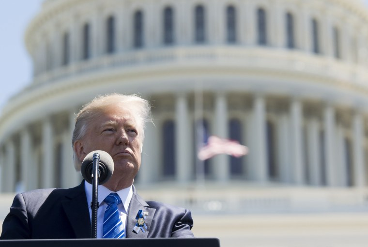 Image: Trump speaks during the 36th Annual National Peace Officers Memorial Service