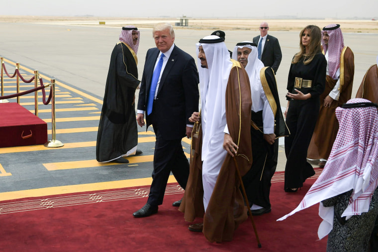 Image: President Donald Trump is welcomed by Saudi King Salman