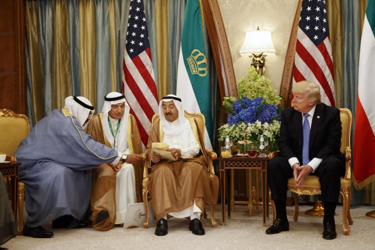 Image: Donald Trump, Melania Trump, Shaikh Sabah Al Ahmad Al Sabah