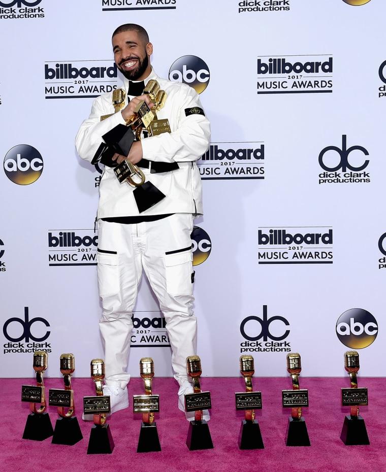 Image: 2017 Billboard Music Awards - Press Room