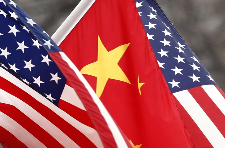 Image: Chinese and U.S. flags