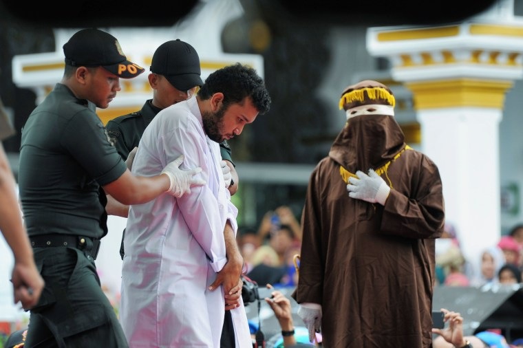 Image: INDONESIA-CRIME-ISLAM-HOMOSEXUALITY