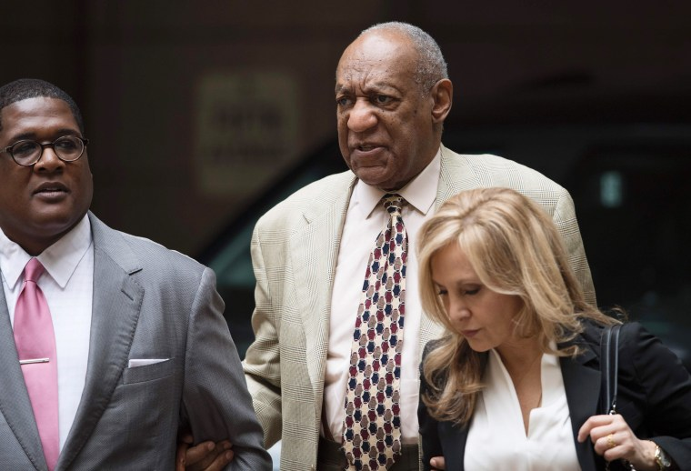 Image: Cosby arrives at the Allegheny County Courthouse