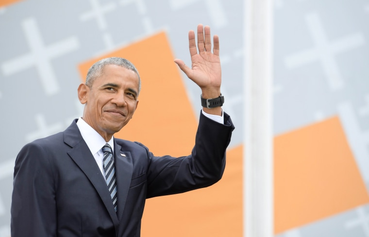 Image: Barack Obama attends a discussion at Brandenburg Gate in Berlin