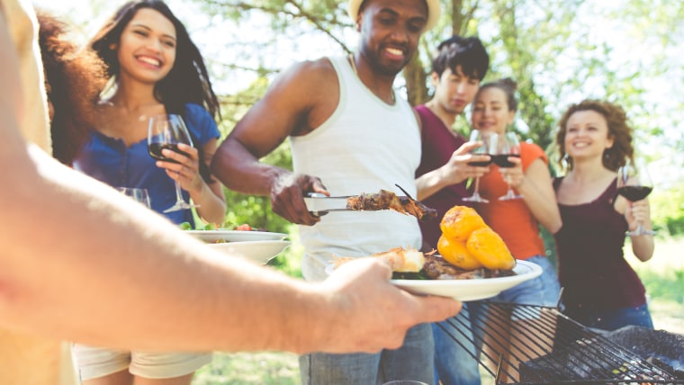 how to keep bugs away from your barbecue