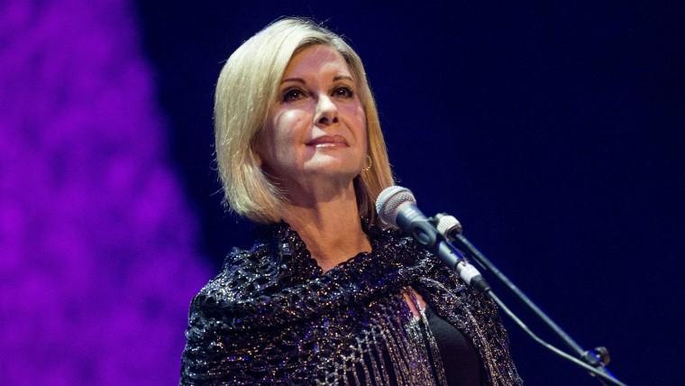 Olivia Newton-John Performs at The Glasgow Royal Concert Hall