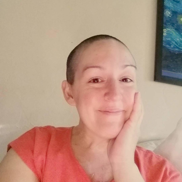 Erica Castaneda has been diagnosed with terminal lung cancer.