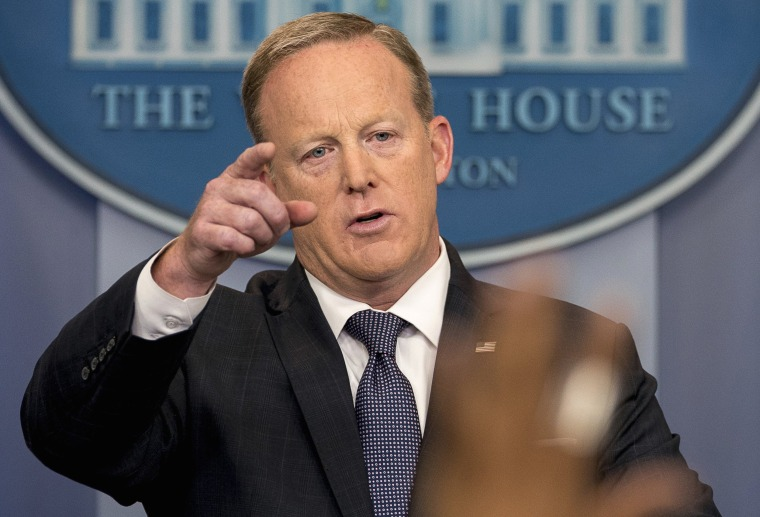 Image: Sean Spicer calls on a member of the media during the daily press briefing
