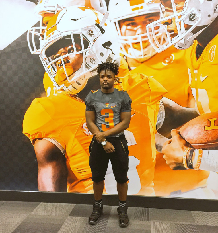 Image: Jahmir Smith was received 33 college offers -- including all 8 Ivies