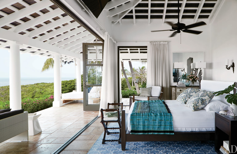 Faith Hill and Tim McGraw's master bedroom