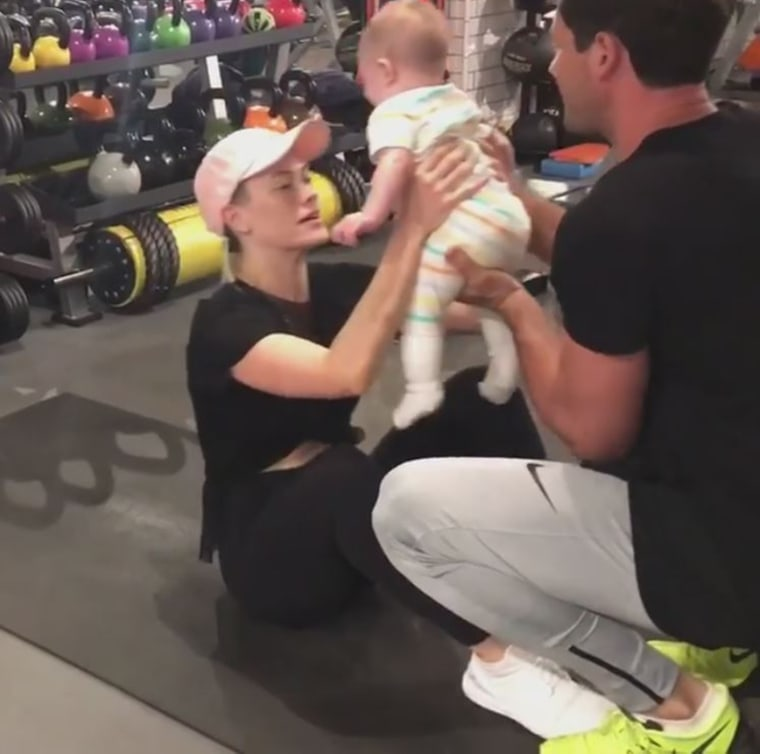 Little Shai gives mom a kiss in between each sit-up.