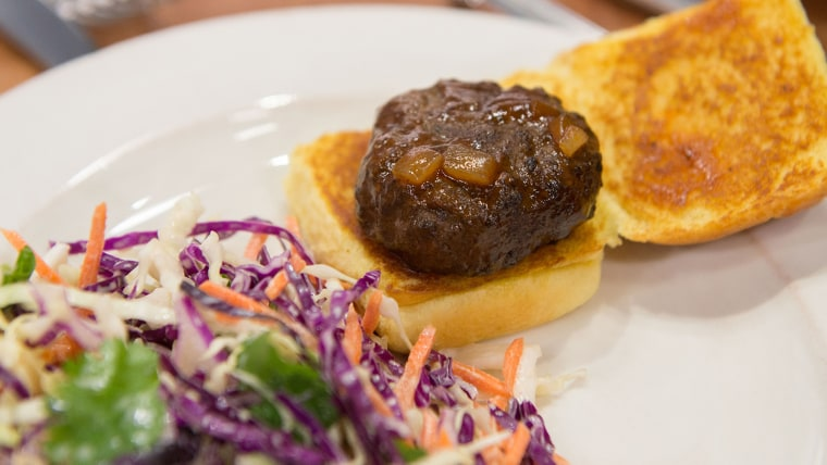 Ree Drummond's Spicy Whisky BBQ Sliders