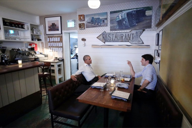 Image: Trudeau speaks Obama at a restaurant in Montreal