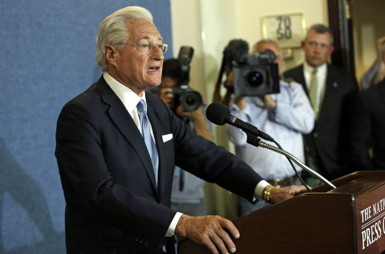 Image: U.S. President Trump's lawyer Kasowitz delivers a statement in Washington