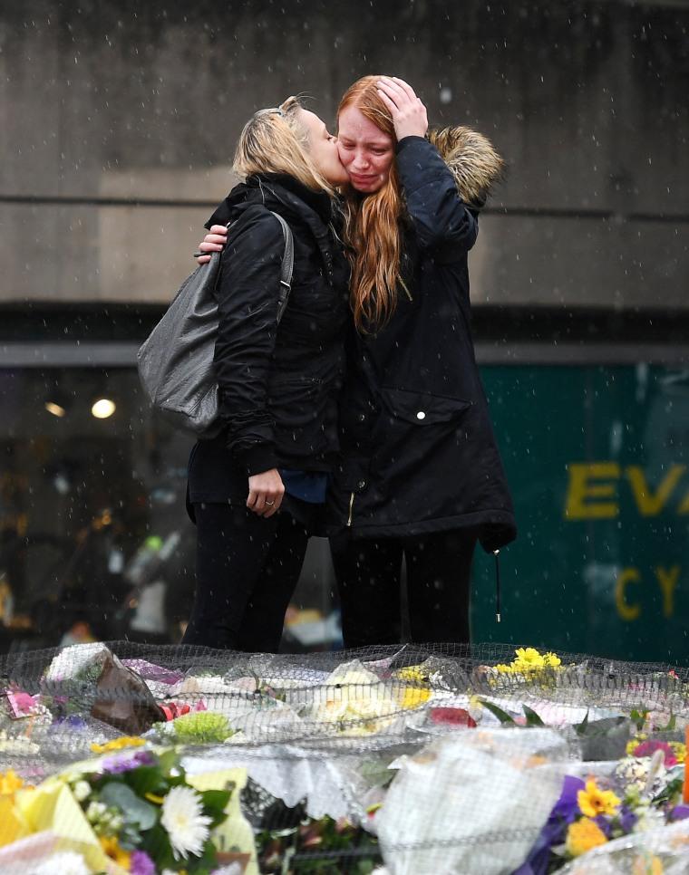 Image: London Bridge terrorist attack aftermath