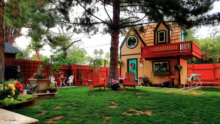 Alex Kaminski playhouse