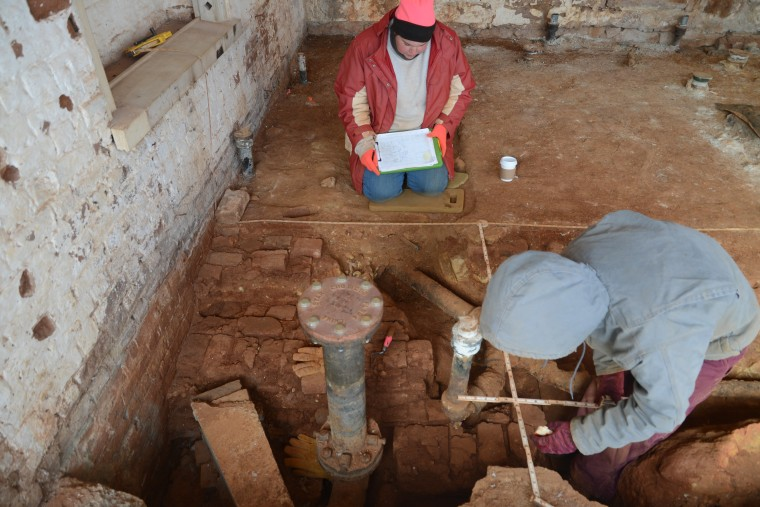 Archaeologists investigate Monticello's South Wing