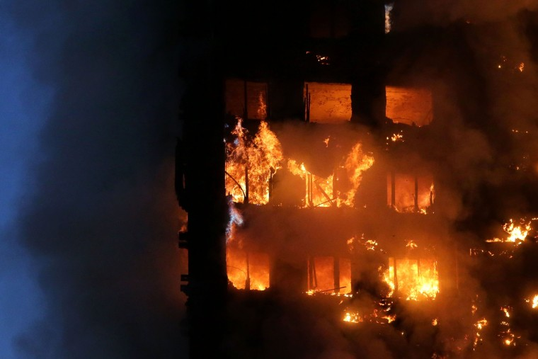 Image: Flames and smoke engulf Grenfell Tower