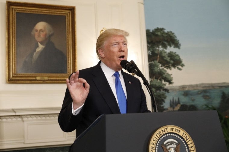 Image: President Trump delivers statement following a shooting at a Congressional Republicans baseball practice, at the White House in Washington