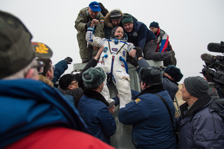 Image: Expedition 46 Landing