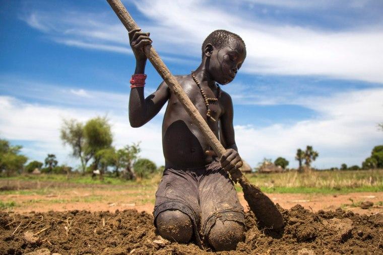 Image: FRANCE-FOOD-CRISIS-FAMINE-HEALTH