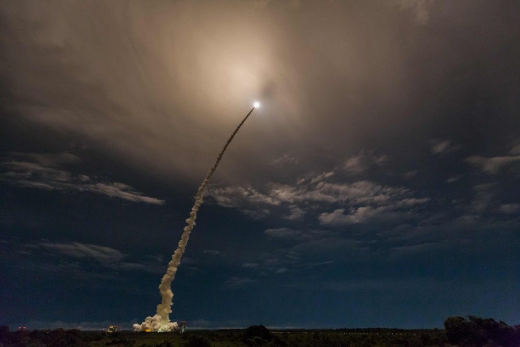 Image: Rocket launch