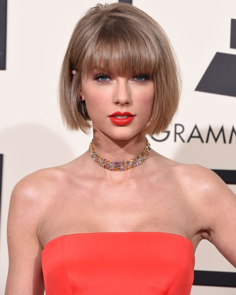 Taylor Swift arrives at the Grammy Awards at Staples Center on February 15, 2016.