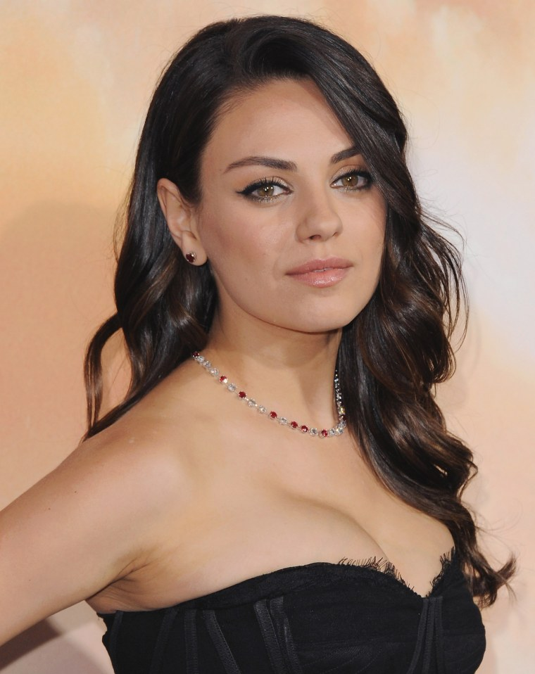 Mila Kunis Hair Is In A Bob Now See The Look