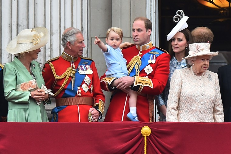 Image: BRITAIN-ROYAL-TROOPING