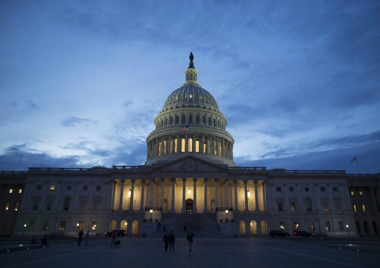 Image: U.S. Capitol Building at sunset