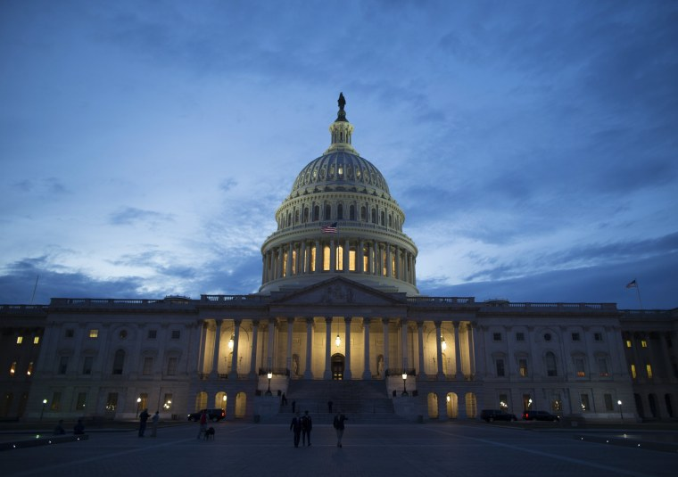 Image: U.S. Capitol Building at sunset
