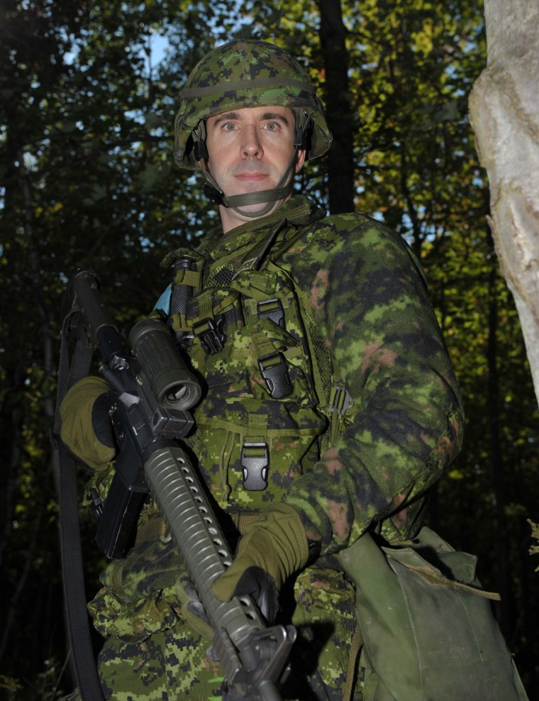Kris Lehnhardt in camouflage