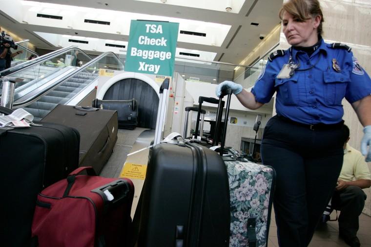 Image: TSA at LAX