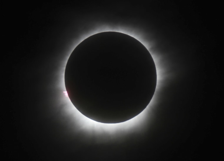 Image: total solar eclipse in Belitung, Indonesia