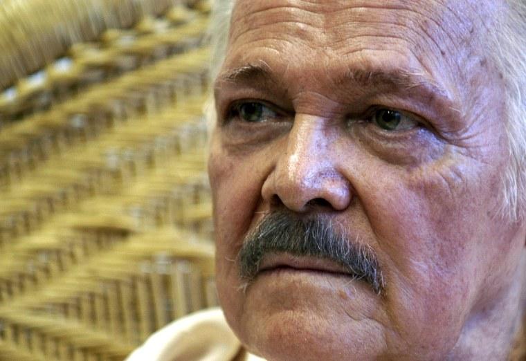 Image: Mexican artist Jose Luis Cuevas dead at 83